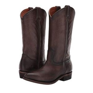 Frye Billy Pull On in Smoke. Brand New!